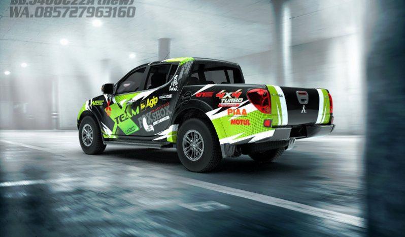 Mitsubishi Triton full